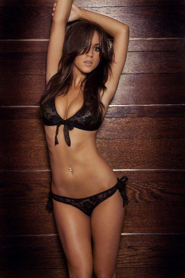 lingerie-girls-are-hot-021